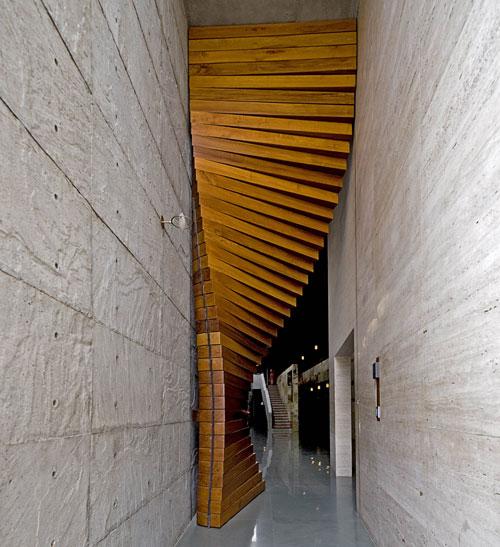 Matharoo-Curtain-Door-1
