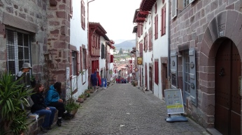 The camino de santiago 2016 andreas wochenalt - Hostel st jean pied de port ...